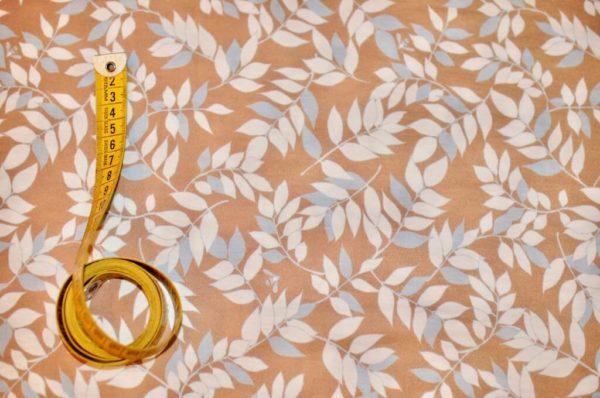 jersey coton biologique vendu au mètre tissu bio motif feuillage camel Mars-ELLE