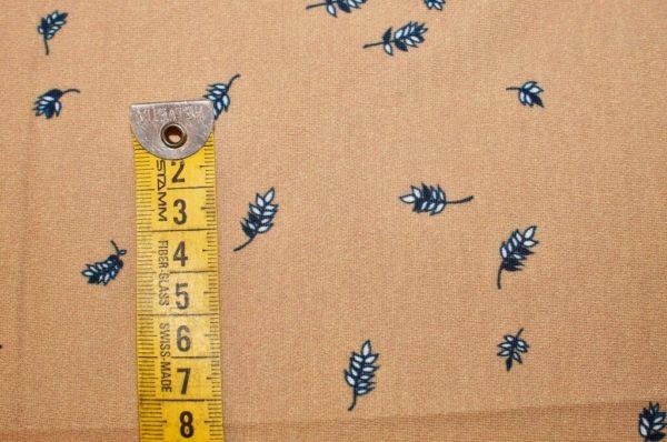 jersey coton biologique vendu au mètre tissu bio motif petites feuilles camel Mars-ELLE