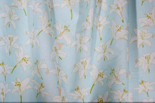tissu bio popeline coton fleur Mars-ELLE GOTS coton biologique couture durable écologique Lys bleu clair blanc