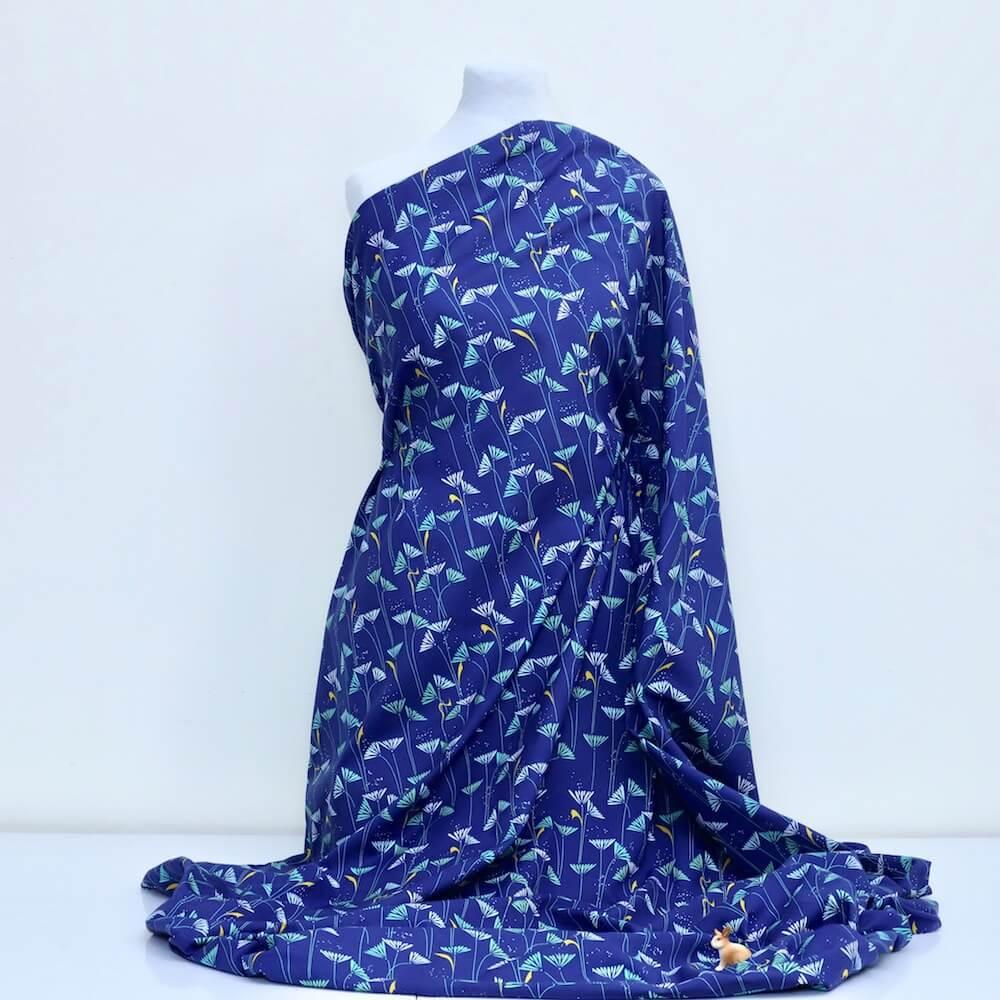 tissu bio popeline imprimée marguerite bleu nuit canard fleur Mars-ELLE