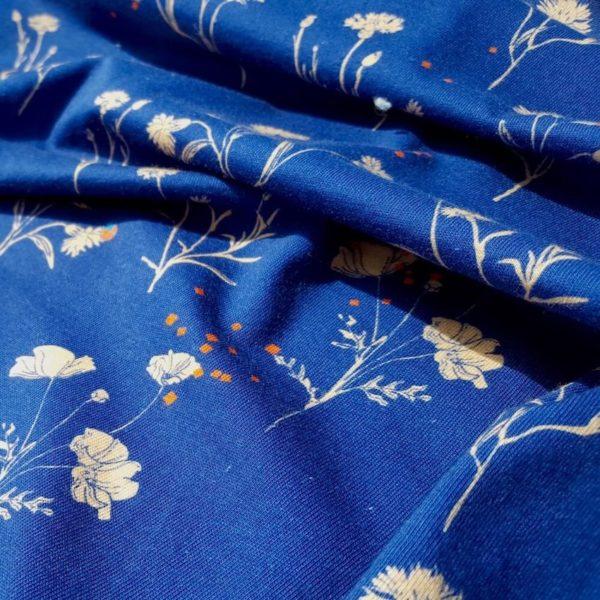 tissu bio bleu marine détail