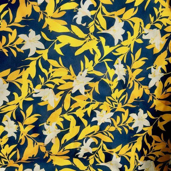 tissu bio imprimé jungle de lys moutarde